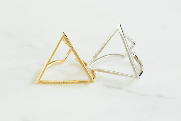 large triangle ring-Al