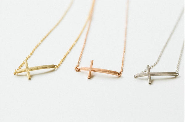 Cross necklace-n