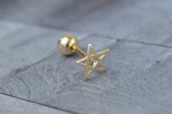 14k Gold  star Piercing-Q