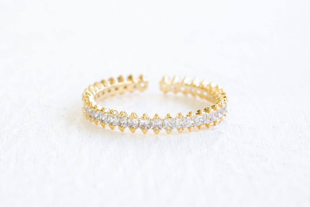 Simulated Diamond Cz Crown Delicate Triangle Round Adjustable Ring