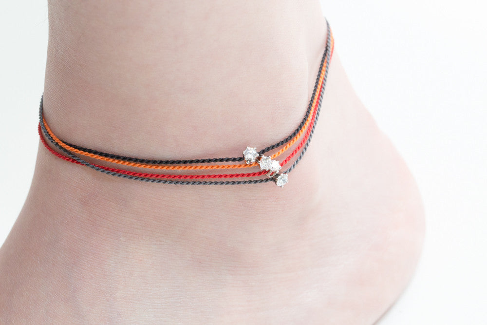 925 center CZ twist thred anklet-bg
