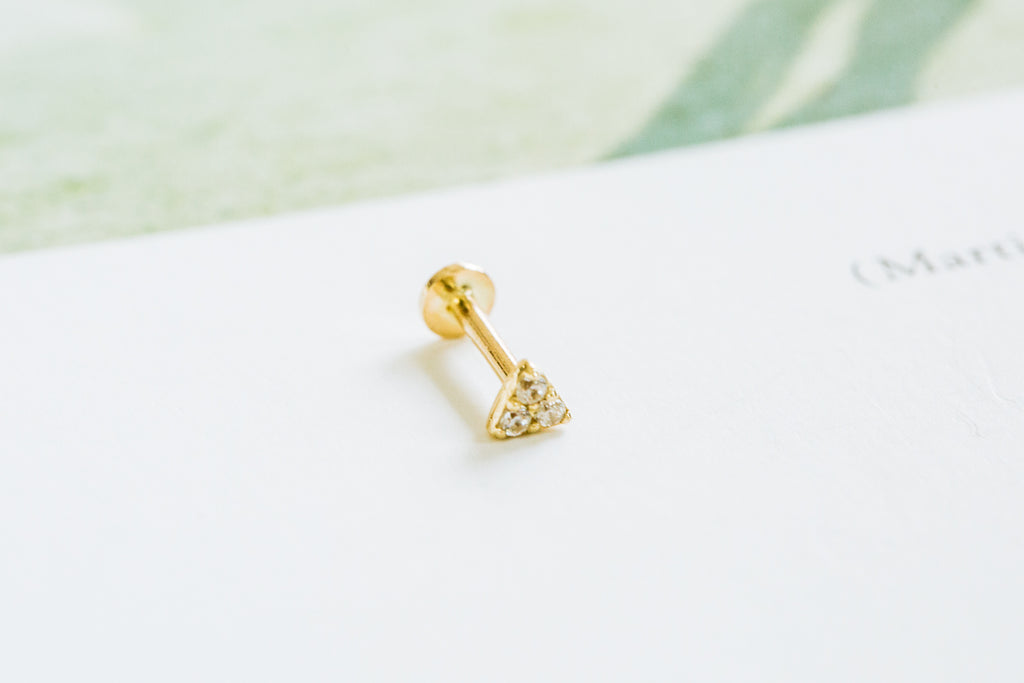 14k Gold Cartilage Curved Triangle Internally Internal Threaded Labret