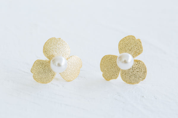 925 Sterling Silver Round Simulated Pearl Flower Leaf Leaves Shape Ear Studs Post Earrings