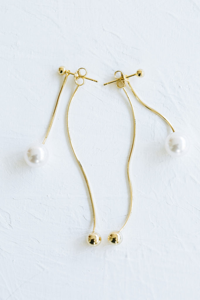 925 Sterling Silver Dangling Simulated Pearl And Snake Lope Chain Ear Studs Post Earrings