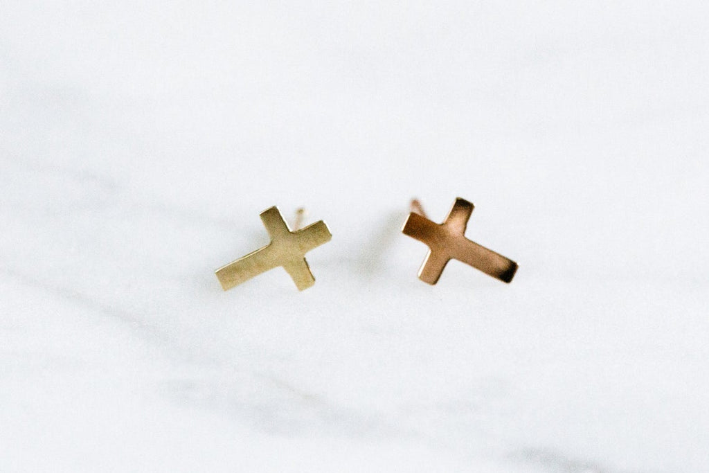 14k Gold Cross Pendant Barbell Ear Stud Piercing