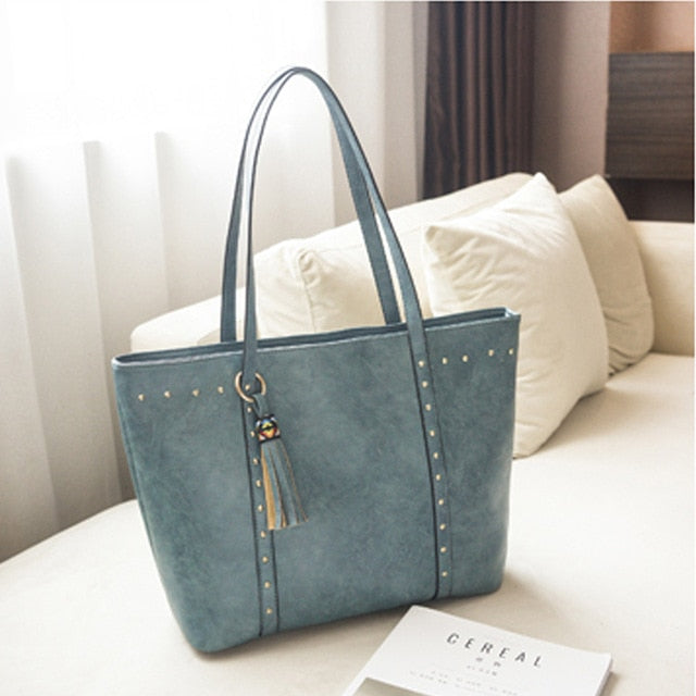 Rivet PU Leather Women Handbag Casual Tassel