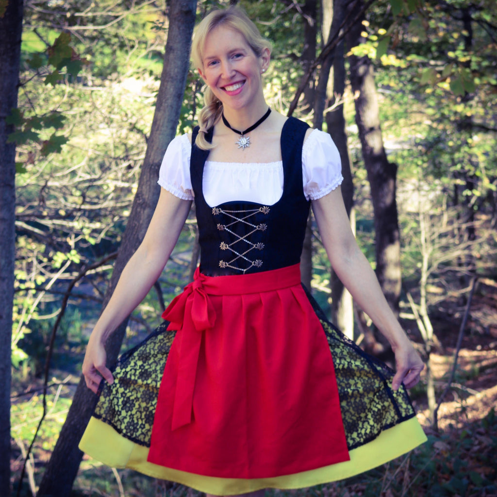 "18"" Apron - Rare Dirndl - Dirndl made in USA"