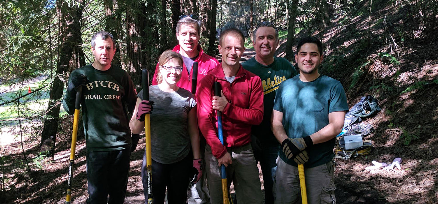 HydraPak employees volunteering at trail restoration