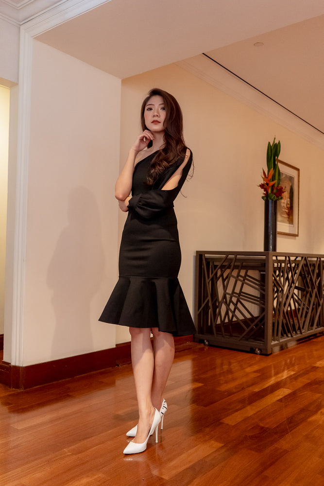 Load image into Gallery viewer, * PREMIUM * Tamsilia Toga Dress in Black - Self Manufactured by LBRLABEL only