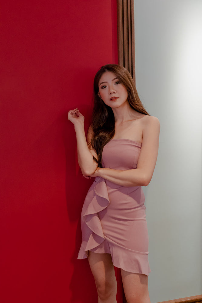 Load image into Gallery viewer, * PREMIUM * DEZELIA BUSTIER DRESS IN PINK - SELF MANUFACTURED BY LBRLABEL