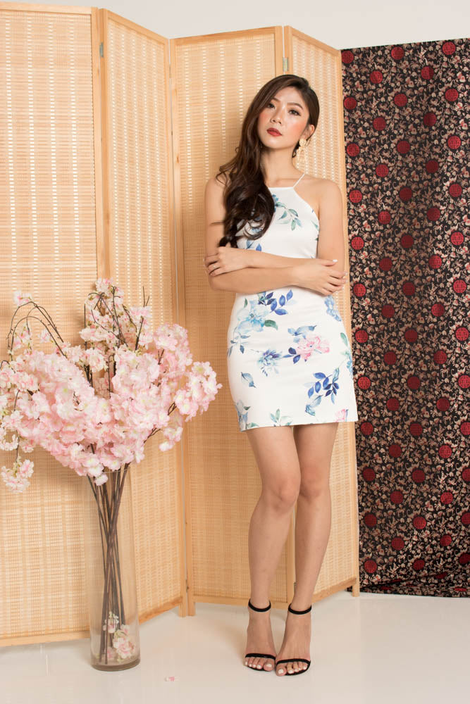 Load image into Gallery viewer, * PREMIUM * - Sinalia Halter Floral Dress in Blue - Self Manufactured by LBRLABEL