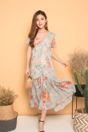 * LUXE * Evanne Floral Maxi Dress in Blue