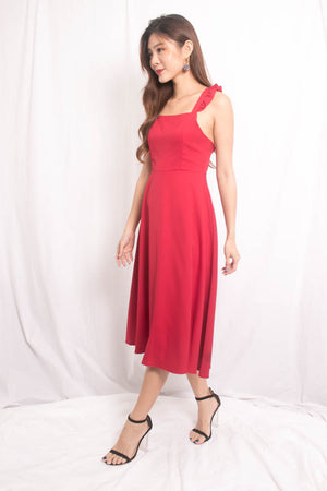 Load image into Gallery viewer, Maxia Cross Back Midi Dress in Burgundy Red