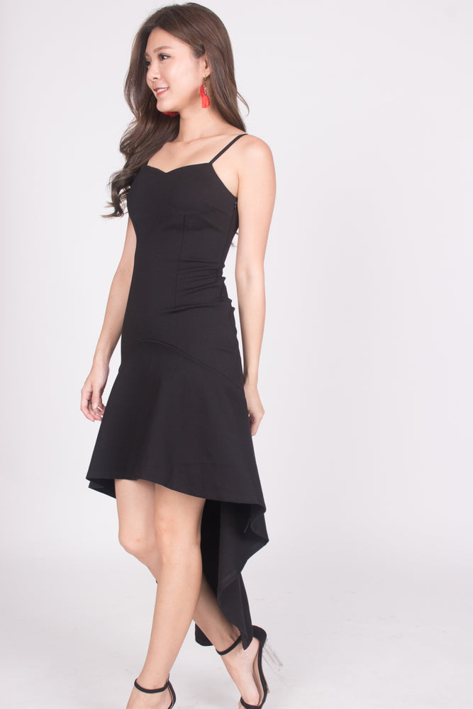 Load image into Gallery viewer, * PREMIUM * Amarilia Fishtail Dress in Black -  LBRLABEL MANUFACTURED