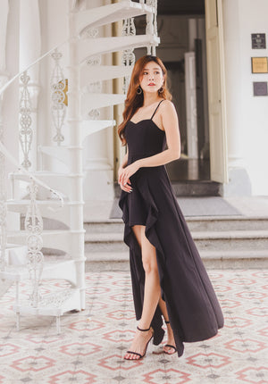 Load image into Gallery viewer, *PREMIUM* Elva Gown Dress in Black