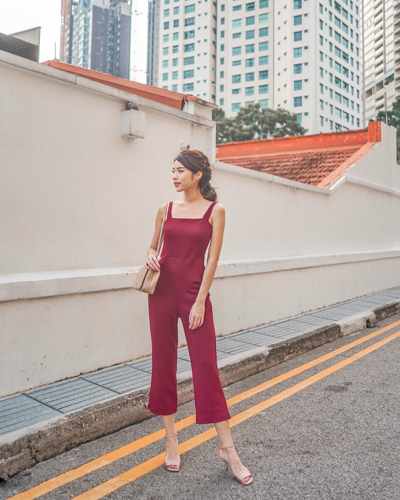 Load image into Gallery viewer, * PREMIUM * - STACELIA MIDI JUMPSUIT IN BURGUNDY - SELF MANUFACTURED BY LBRLABEL