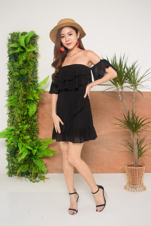 Lorea Offsie Dress in Black