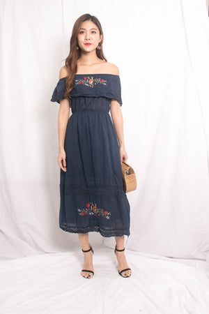 Shella Embroided Dress in Navy