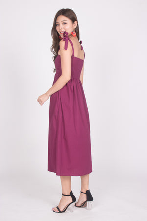 Fionni Midi Dress in Magenta