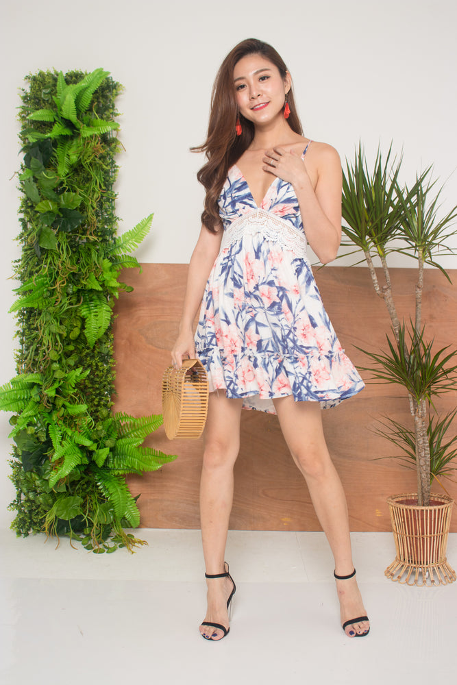 Load image into Gallery viewer, Weira Floral Dress