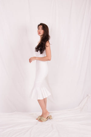 Load image into Gallery viewer, *PREMIUM* - Maelia Mermaid Dress in White