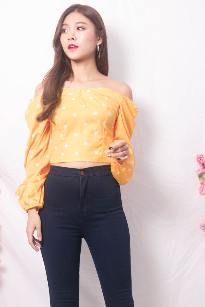 Load image into Gallery viewer, Yesie 2 Way Polkadot Top in Yellow