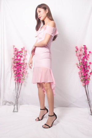 *LUXE* Sabreea Off Shoulder Dress in Pink