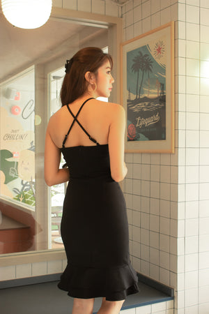 Load image into Gallery viewer, *PREMIUM* - Lorilia Cross Back Mermaid Dress in Black - Self Manufactured by LBRLABEL