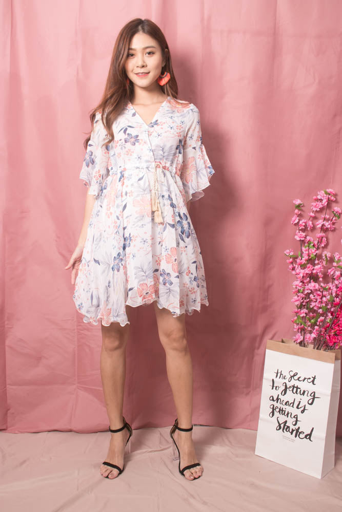 Load image into Gallery viewer, Adelina Floral Dress in White