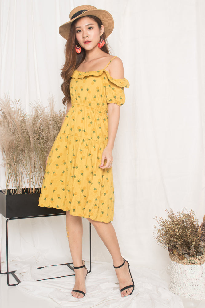 Load image into Gallery viewer, Sabre Toga Pineapple Dress in Yellow