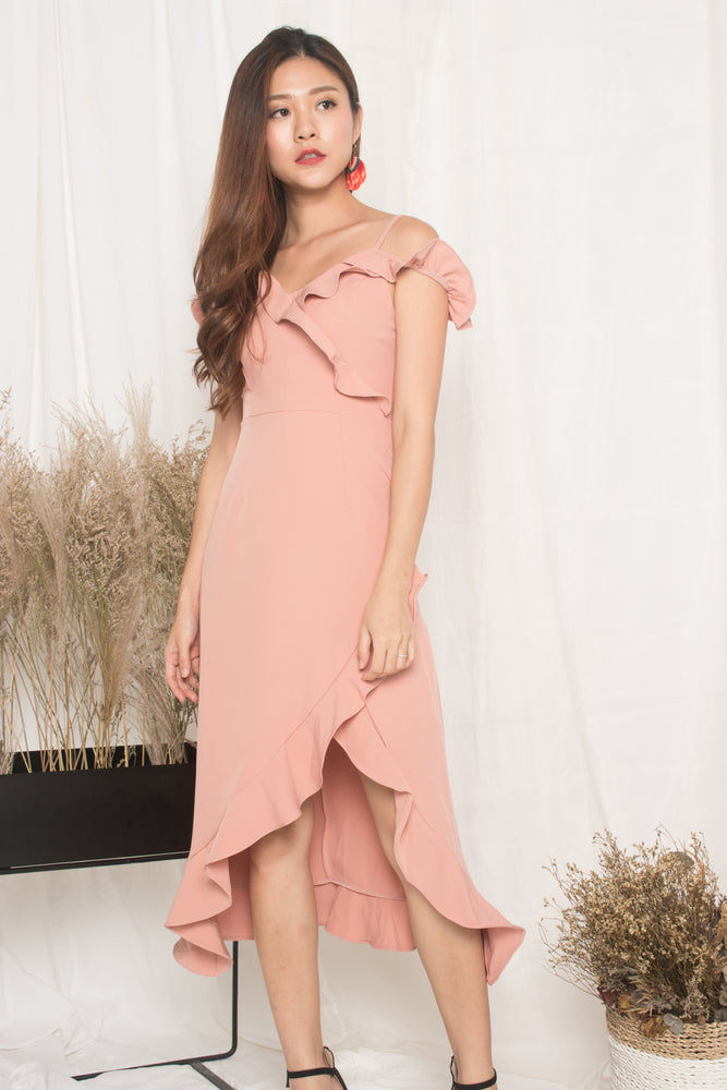 *LUXE* - Queenlyn Flutter Dress in Pink