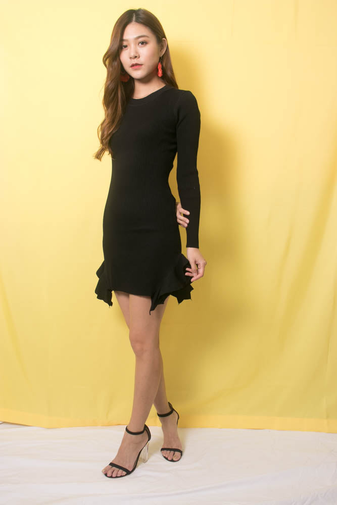 Load image into Gallery viewer, Arila Knit Dress in Black