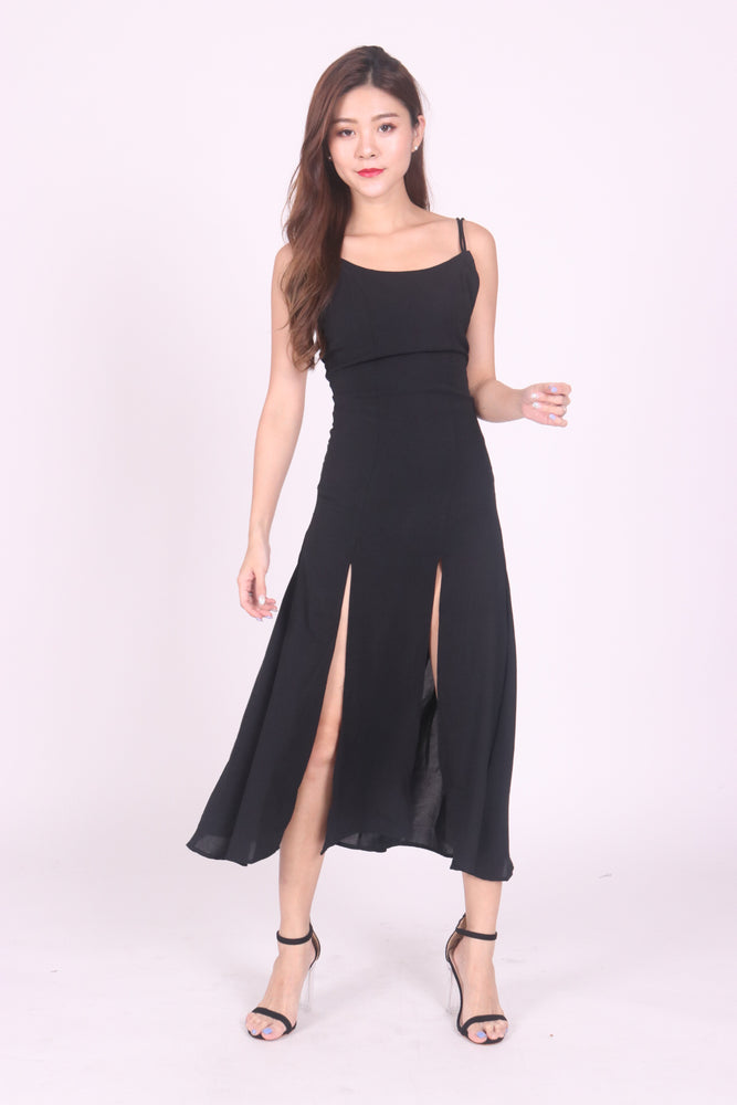 * LUXE * Staellie Slit Dress in Black