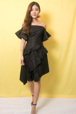 Load image into Gallery viewer, Marissa Flutter Dress In Black