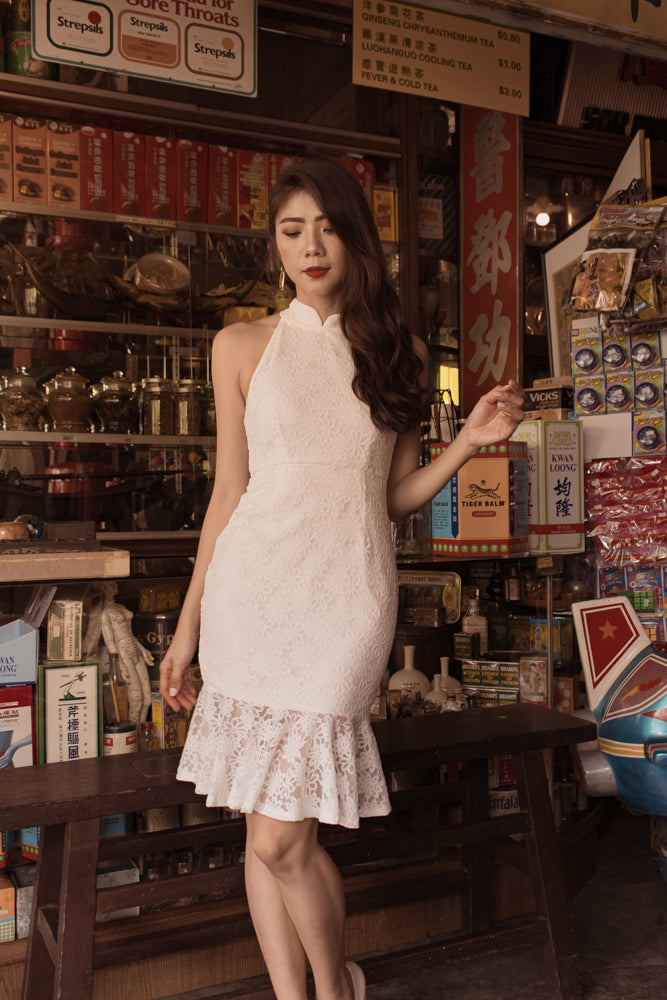 Load image into Gallery viewer, *PREMIUM* - Arielia Lace Mermaid Dress in White (Detachable Collars) - Self Manufactured by LBRLABEL