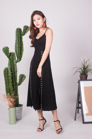 (BO) Helena Hooked Low Back Midi Dress