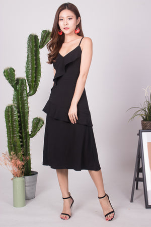 Serahlyn Flutter Midi Dress in Black