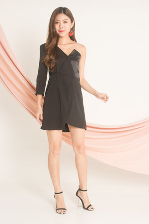 Aleda Toga Dress in Black