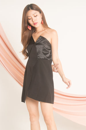 Load image into Gallery viewer, Aleda Toga Dress in Black