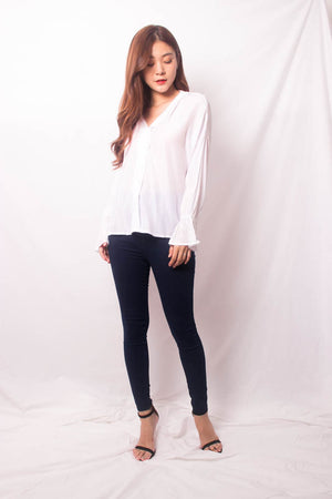 Load image into Gallery viewer, Nera Basic Sleeved Top in White