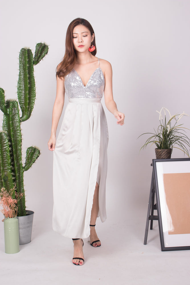Load image into Gallery viewer, * LUXE * Nesaliza Sequin Gown in Sliver