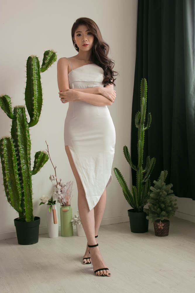 * PREMIUM * Alexilia Asymmetrical Dress in White - Self Manufactured by LBRLABEL