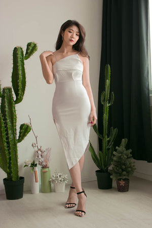 Load image into Gallery viewer, * PREMIUM * Alexilia Asymmetrical Dress in White - Self Manufactured by LBRLABEL