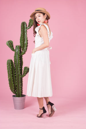 * LUXE * Awakrina Flutter Dress in White