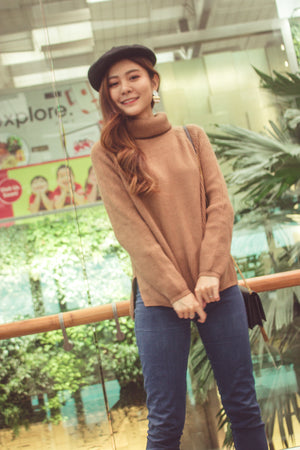 Elasa Knit Top in Khaki