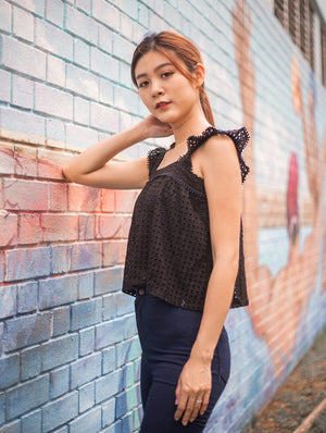 Violette Crochet Top In Black
