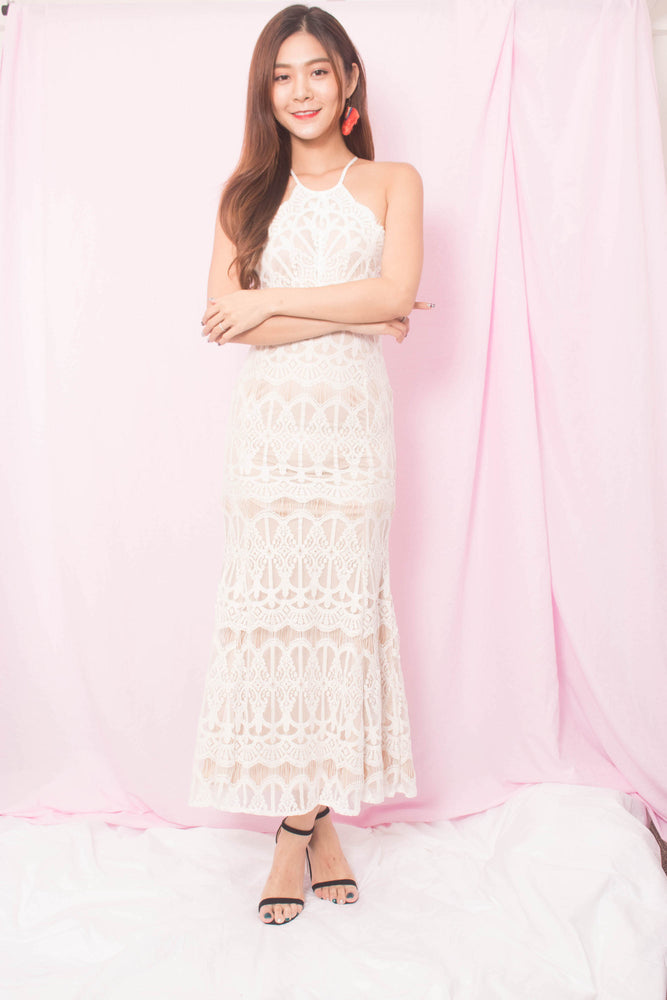 Load image into Gallery viewer, * PREMIUM * Annabellie Crochet Maxi Dress