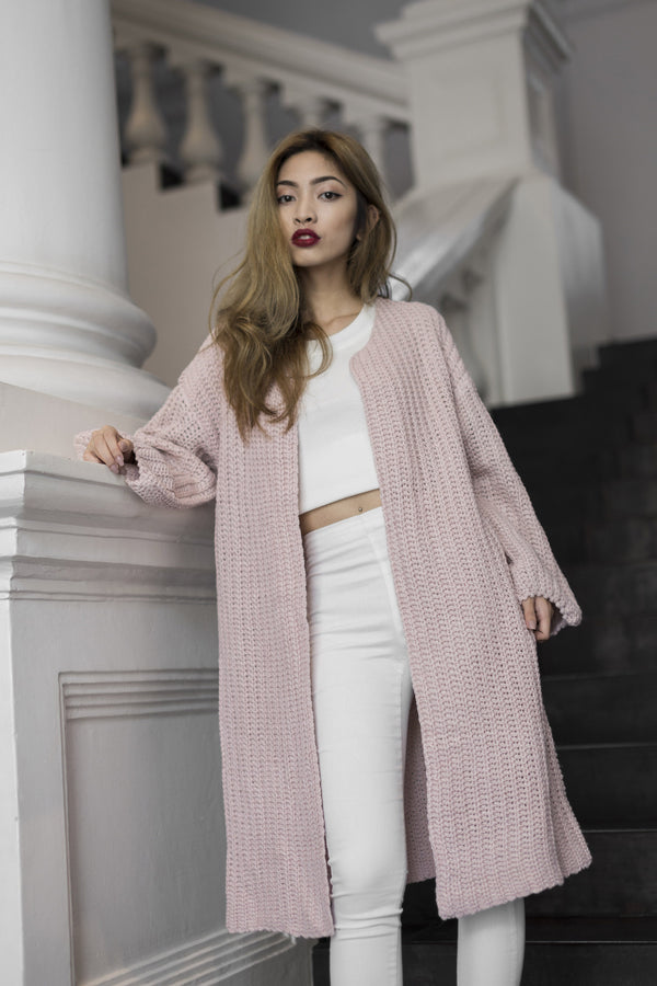 Sora Oversized Knit Outerwear in Pink