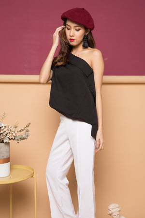 Jodalle Toga Top in Black
