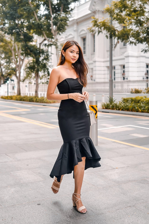 Load image into Gallery viewer, * PREMIUM * - Kelia Bustier Gown Dress in Black - LBRLABEL MANUFACTURED